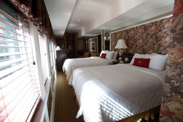 Exterior: Your Train Car Hotel Awaits In The Heart Of Downtown Indy