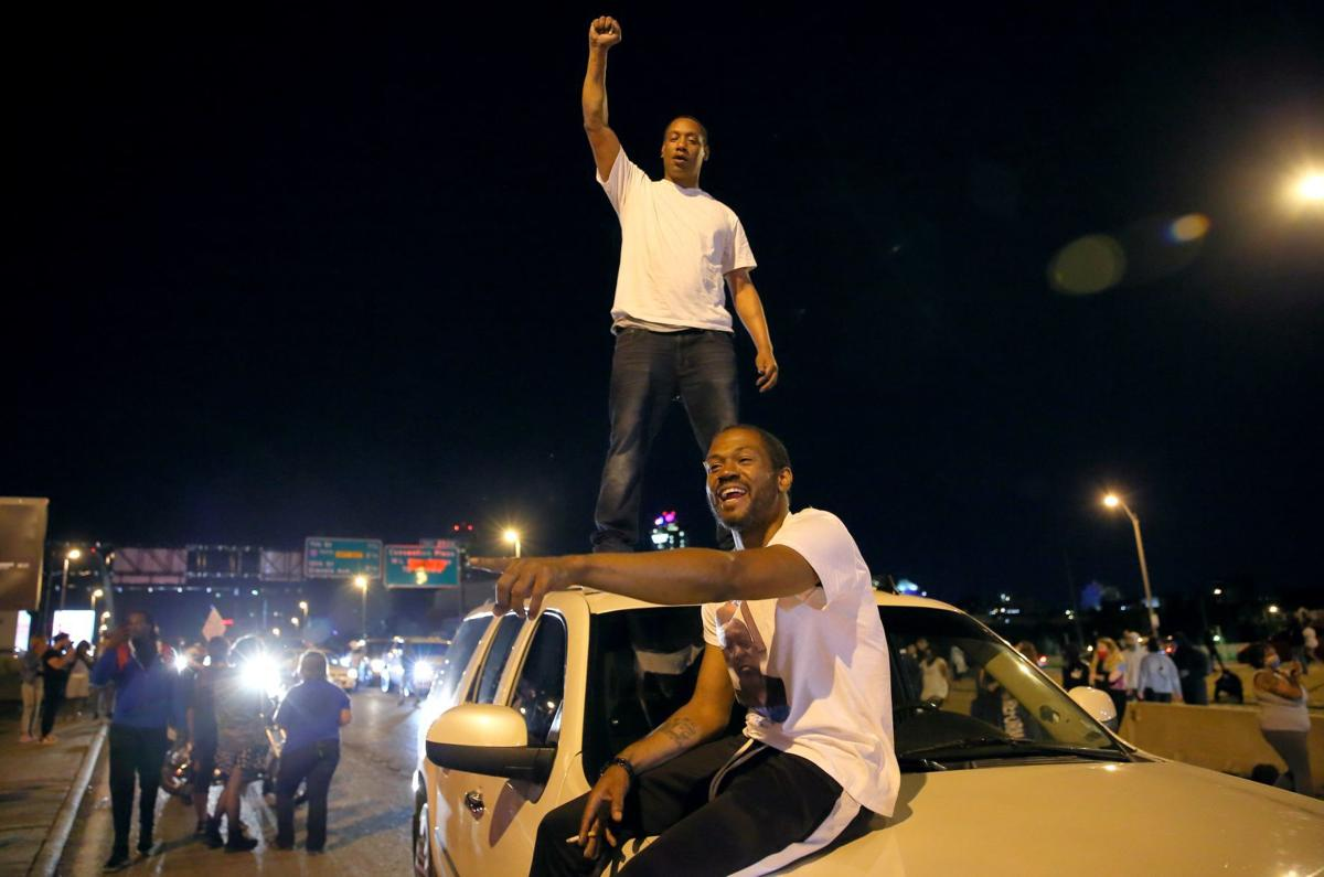Protesters march St. Louis streets in solidarity with Minneapolis