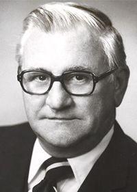 Dr. George Thoma