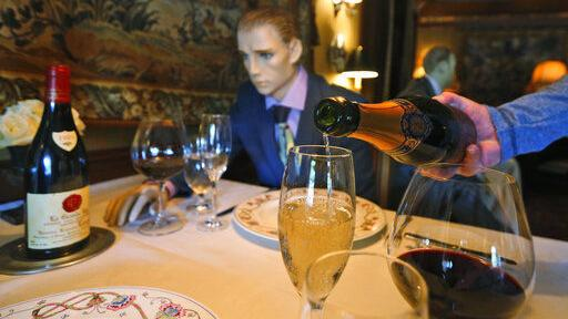 Nicklaus: '3 martini lunch' deduction is bad tax policy and an affront to fairness