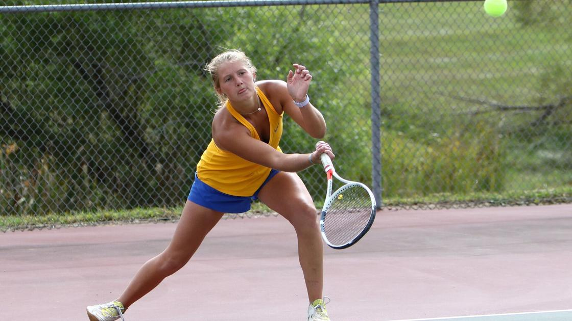 Francis Howell holds off Timberland's charge in GAC South tournament
