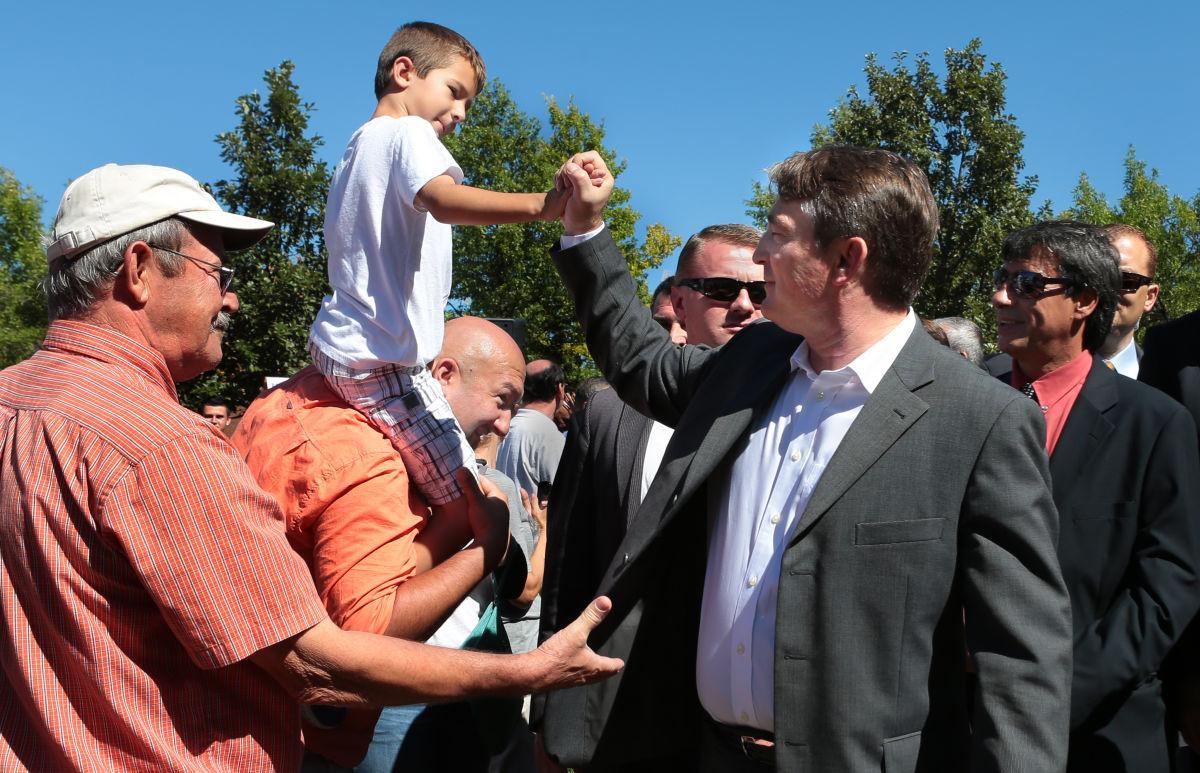 Fountain dedication draws Bosnian President  Zeljko Komsic to Bevo Mill