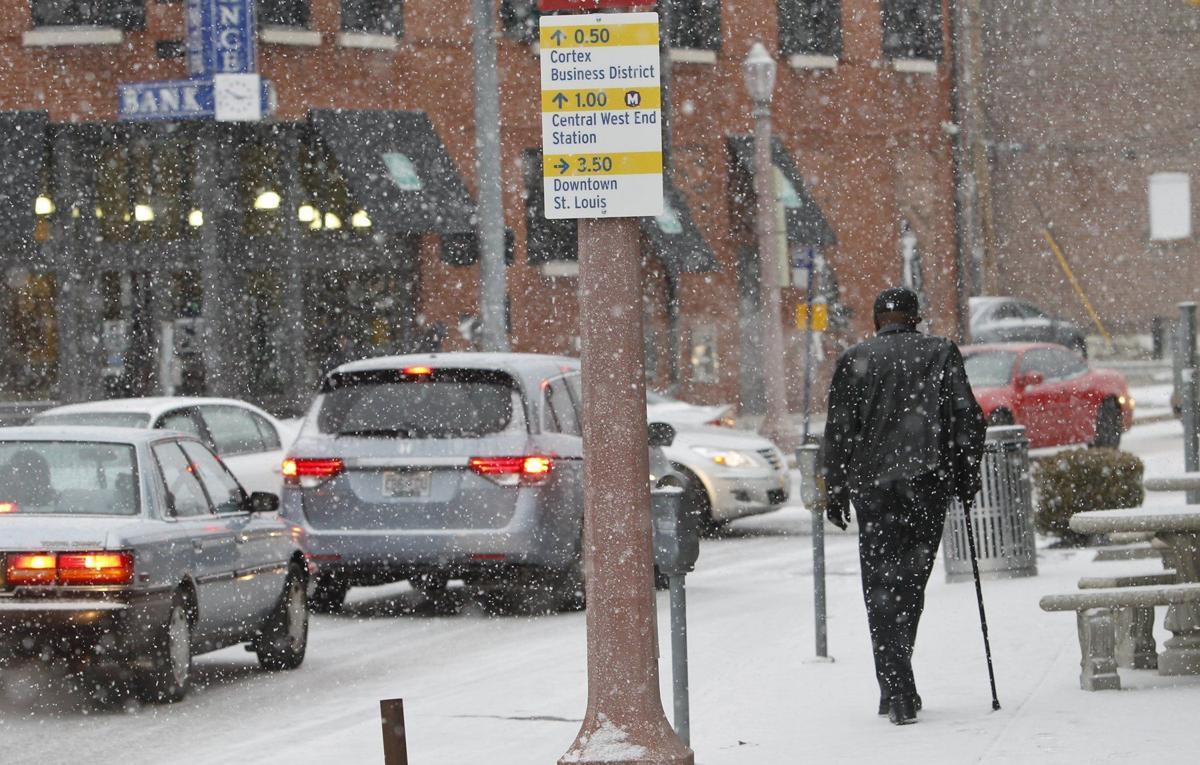 Snow makes for slow commute across st louis region metro stltoday com