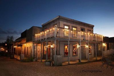 Cedar Creek Town Hall Restaurant