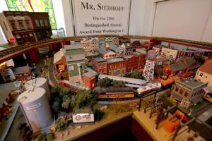 Στο σπίτι: 1850 Soulard σπίτι έχει upper-level μοντέλο-το τρένο δωμάτιο