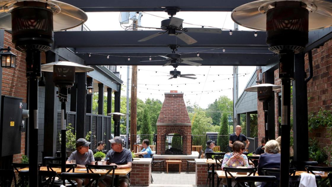 9 St. Louis restaurants perfect for outdoor dining