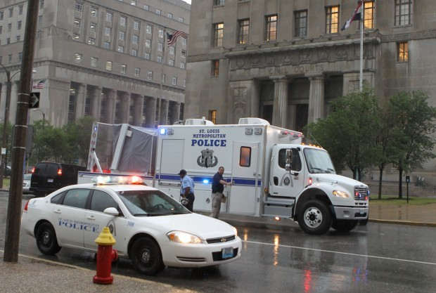 St Louis County Police Agree To Merge Their Bomb And