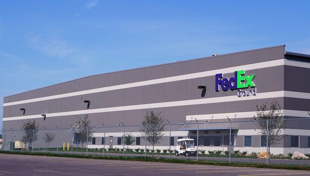 fedex ground facility in sauget - Fedex Garden City