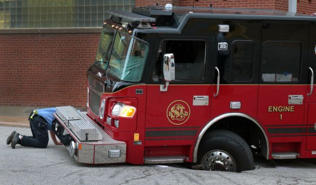 Firetruck Stuck For Two Hours In St Louis Sinkhole News
