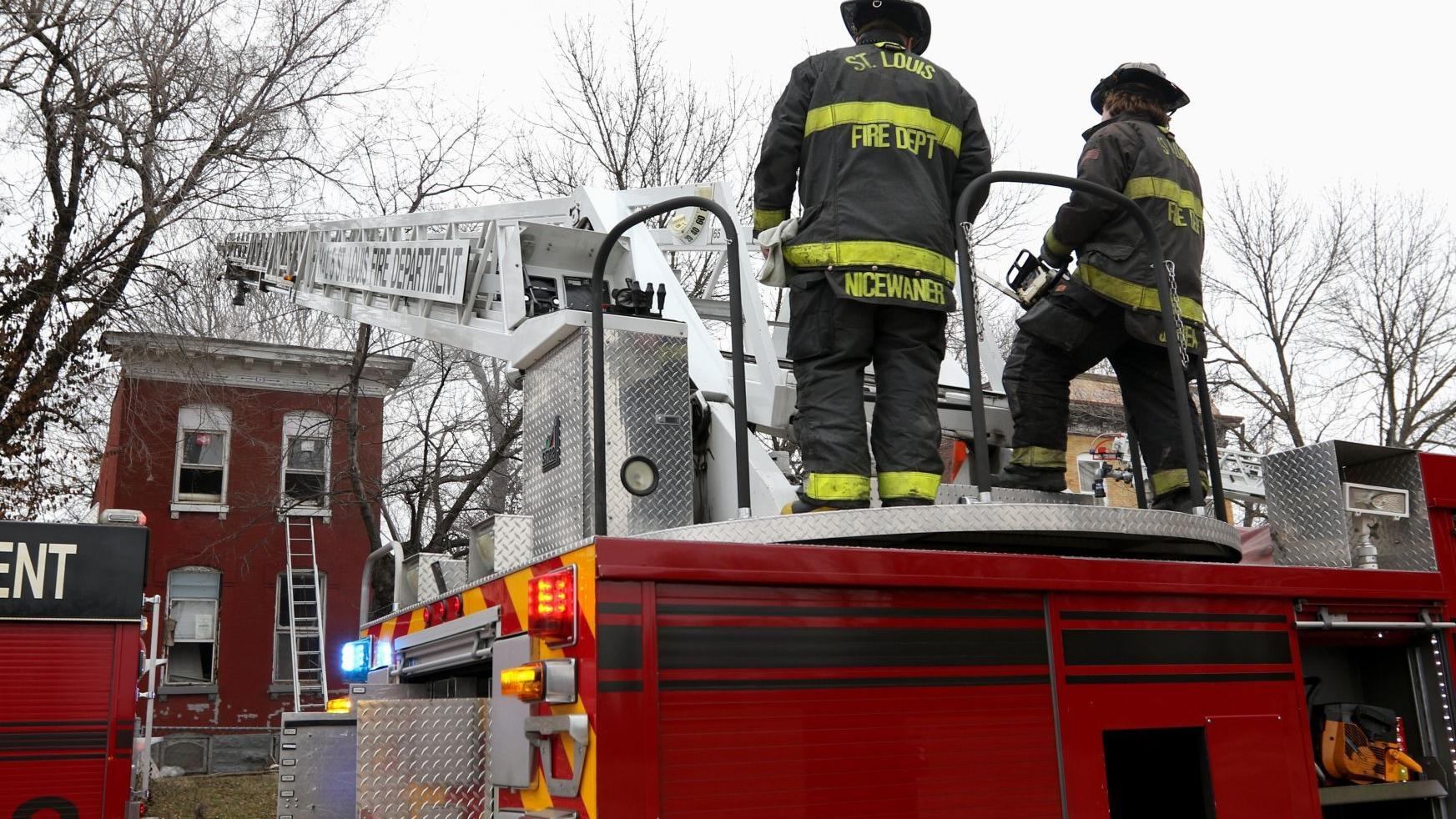St. Louis aldermen advance firefighter union-backed bill undoing some pension reforms