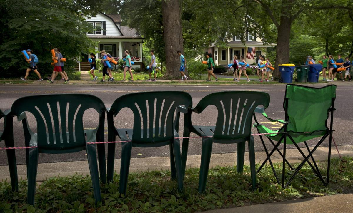Extra early seating for Webster Groves parade