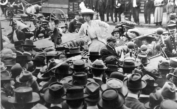 St. Louis suffragists