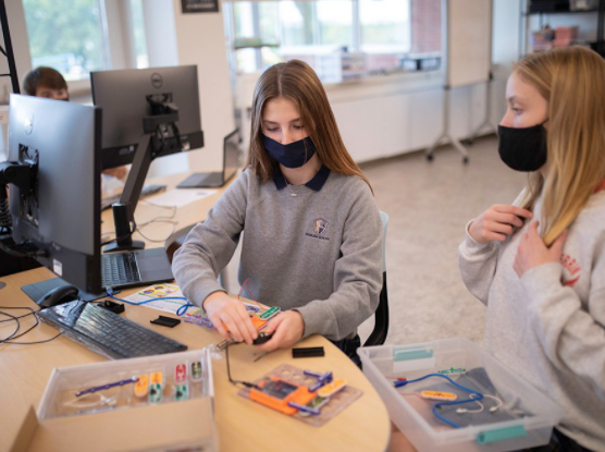 Upper School Students Work on Collaboration Projects