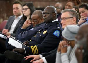 Die Reorganisation von St. Louis Polizei erhält Unterstützung aus der union, Widerstand von chief