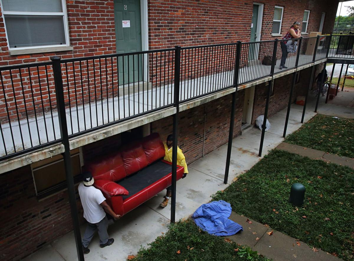 Bank forecloses on T.E.H. Realty's Park Ridge Apartments in Ferguson