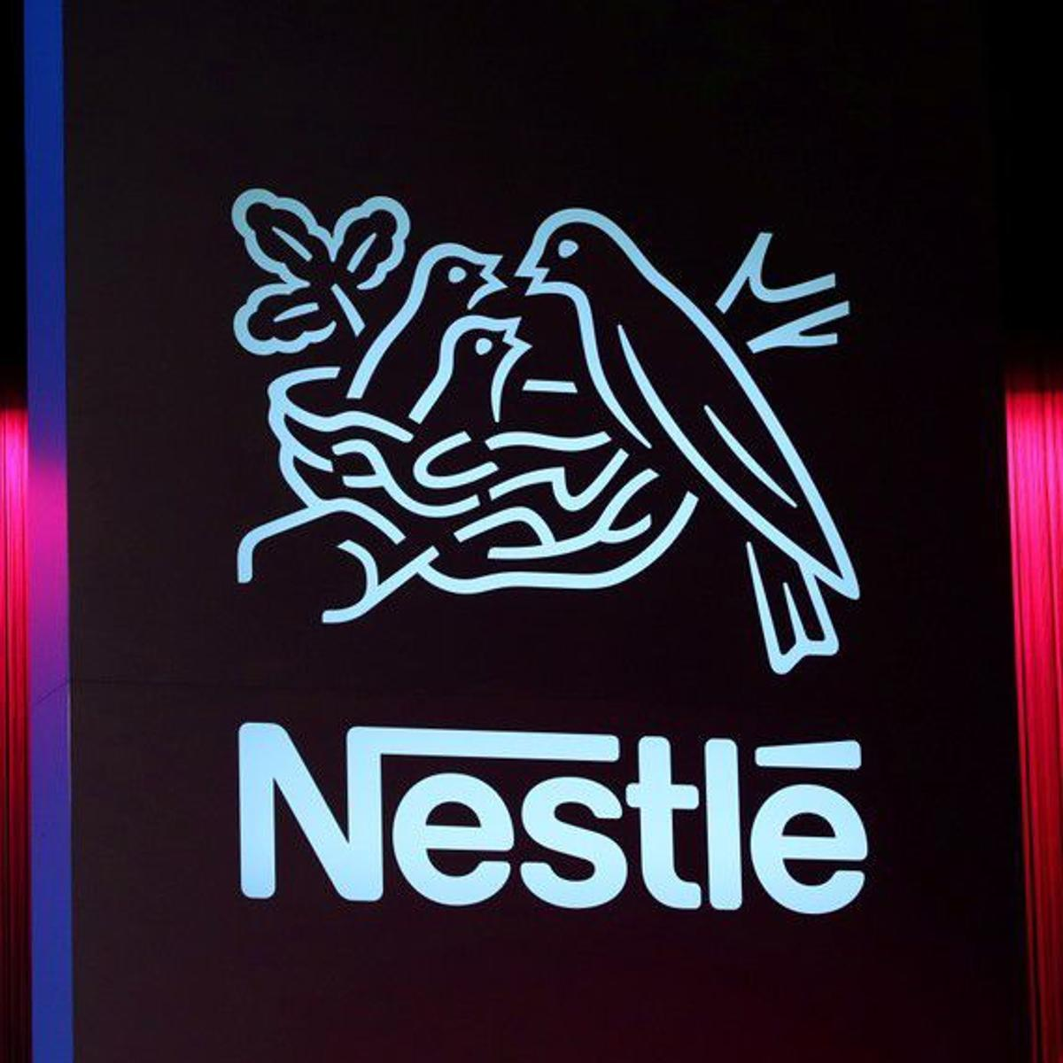 Nestlé's U S  unit will slice 4,000 jobs in delivery change
