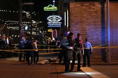 Man shot in leg during fight on Washington Avenue downtown