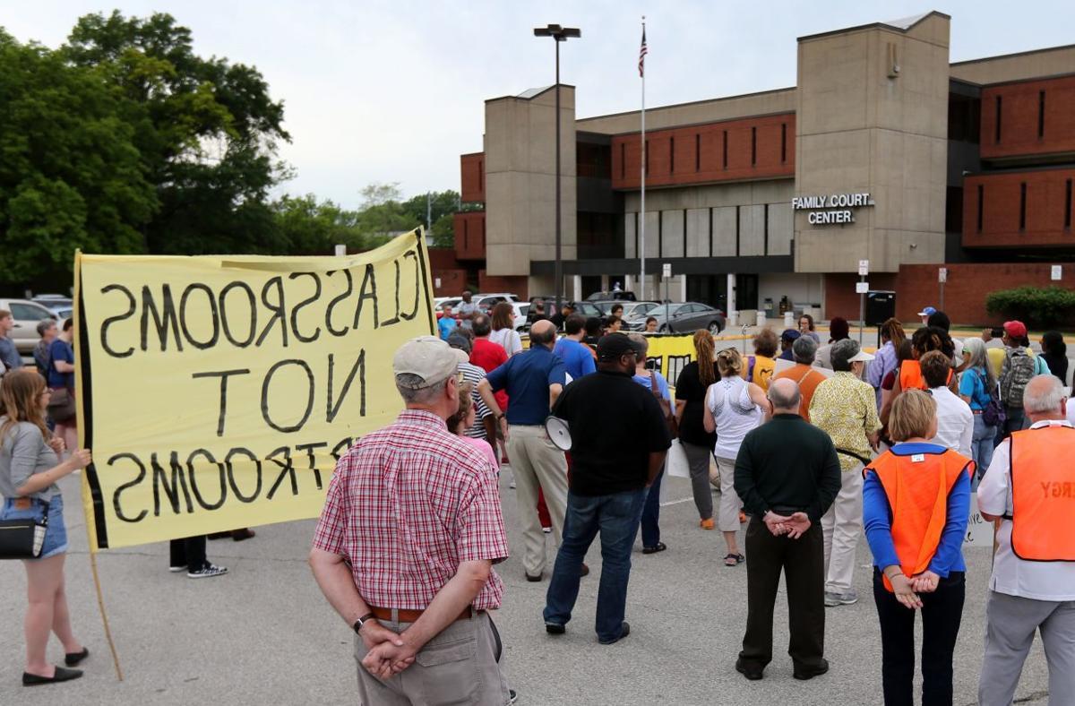Break the Pipeline STL march
