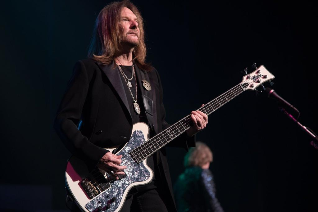Styx Delivers Pomp And Power Chords At The Peabody Concert Reviews