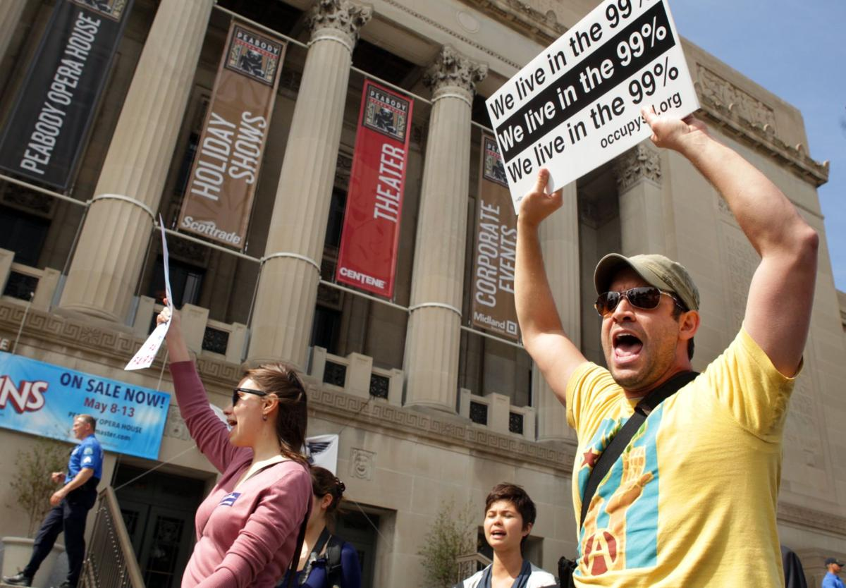 Protestors target Peabody Energy's shareholders meeting