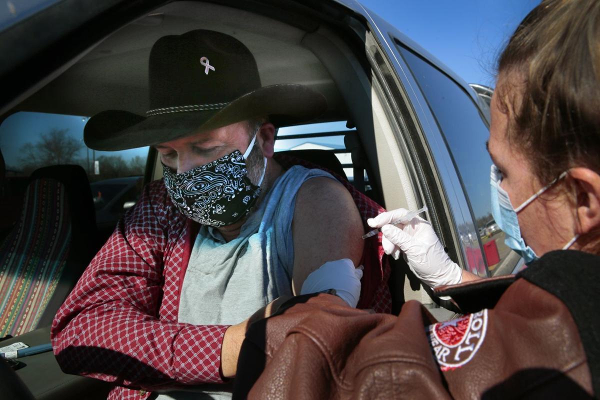 Missouri National Guard staffs first state vaccine clinic in Poplar Bluff