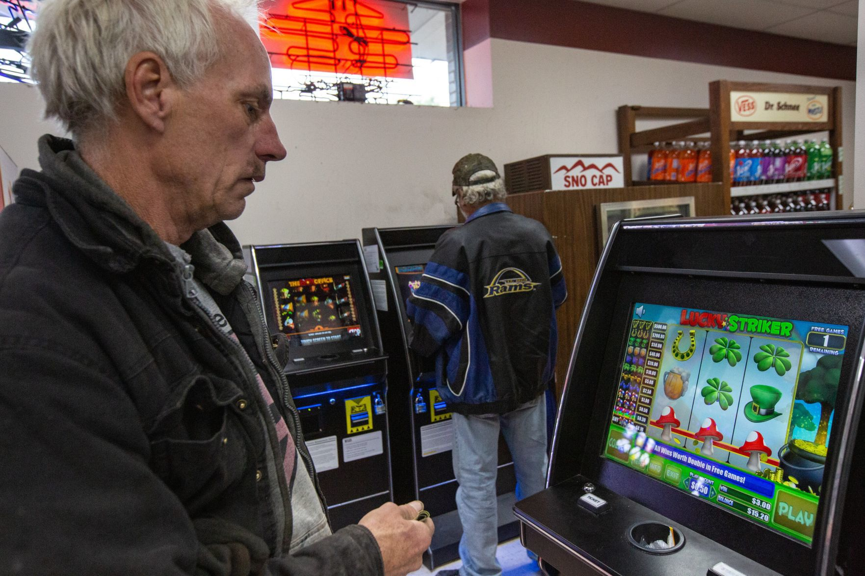 Missouri Governor S Stance On Gambling At Odds With Highway Patrol Politics Stltoday Com
