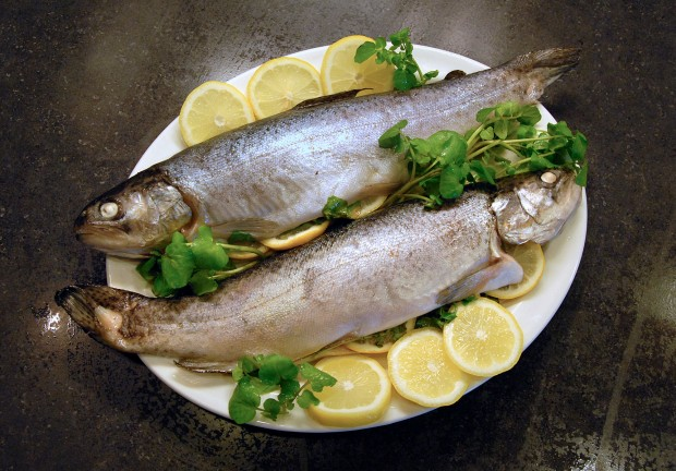 recipe: grilled whole trout foil packets [16]