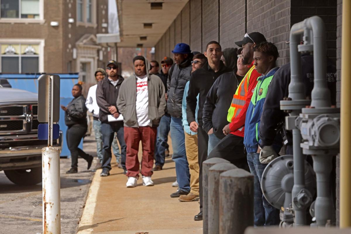 Hundreds line up for job fair at U.S. Steel Corp. in Granite City