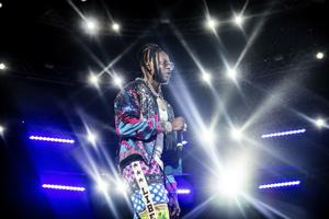2 Chainz, Moneybagg Yo, Schlafen mit Sirenen/Amity Affliction kommen, um Pop-in separate shows