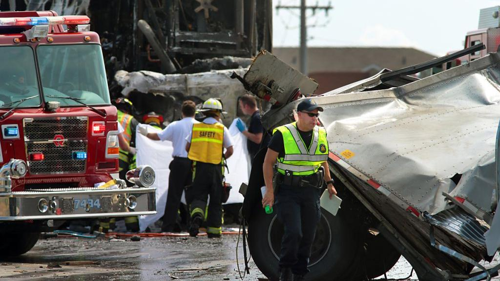 One Dead In Arnold Crash As Traffic Backed Up From Earlier Fire On Interstate 55 Law And Order Stltoday Com