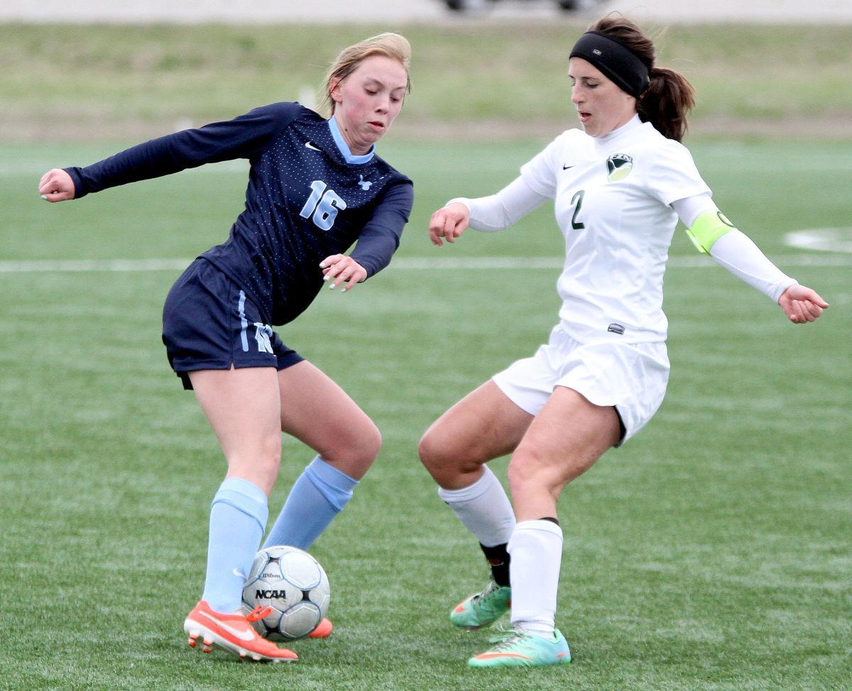 Fort Zumwalt North-Parkway West Girls Soccer