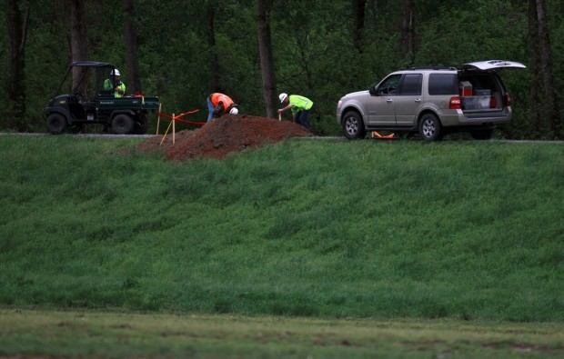 Cairo, Ill , argues for its life in levee breach plan