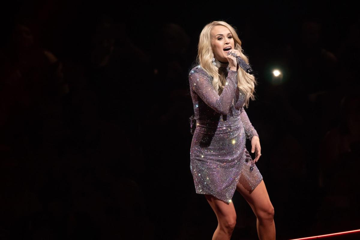 Carrie Underwood remembers her roots in satisfying