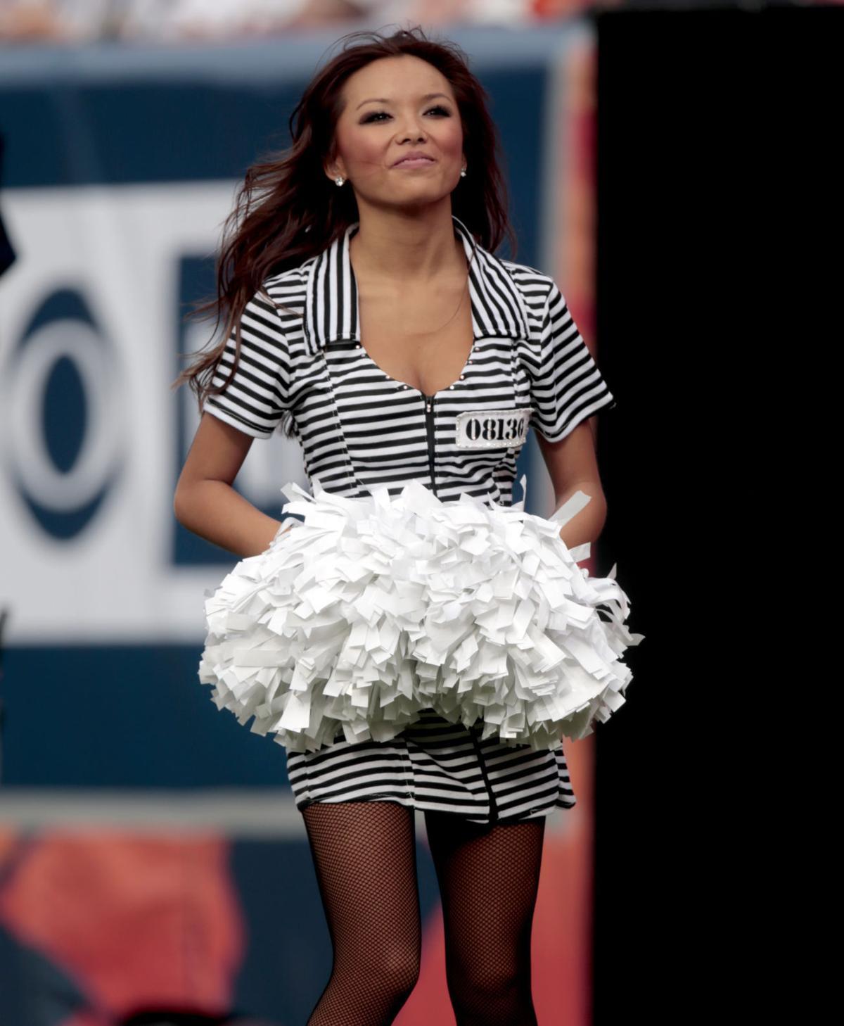 San Diego Chargers Cheerleaders Pictures: NFL Cheerleaders Get In The Halloween Spirit