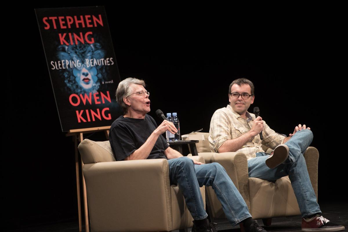 Stephen King goes mini in new book, 'Elevation'