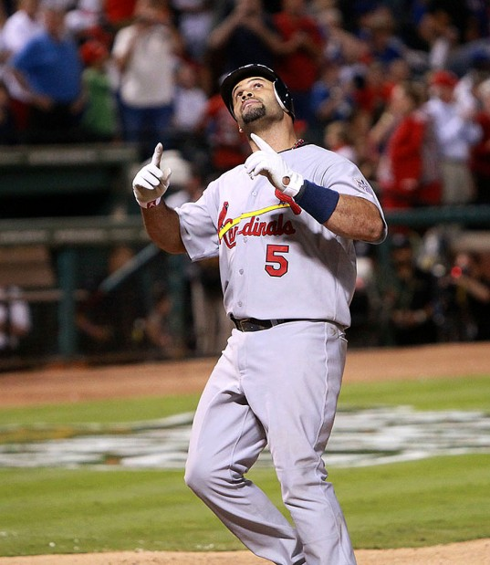 Bytes Pujols points World Series:  Cardinals 16, Rangers 7
