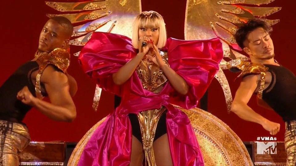 St. Louisan Jamal Green still starstruck by his job: dancing with Nicki Minaj