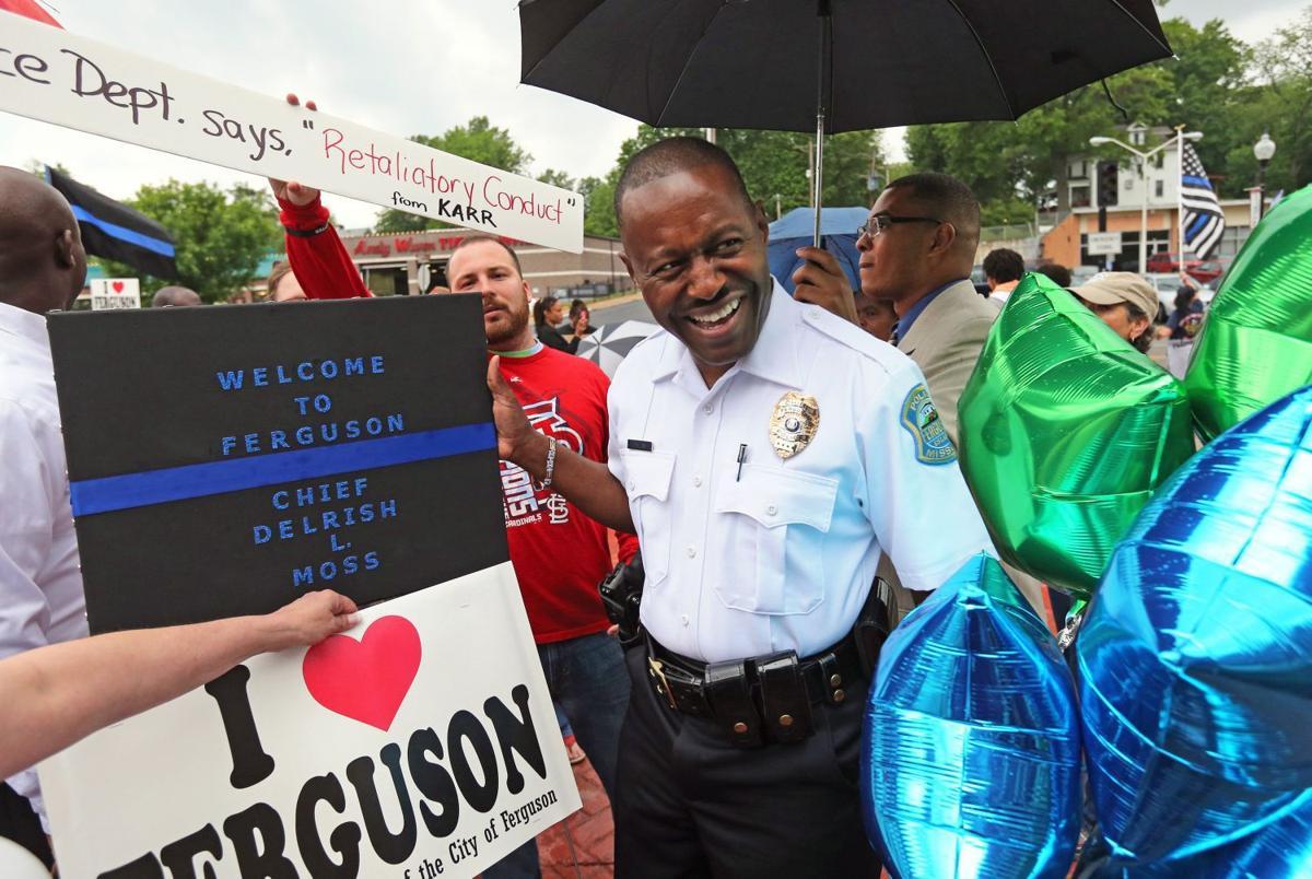 Delrish Moss sworn in as Ferguson police chief