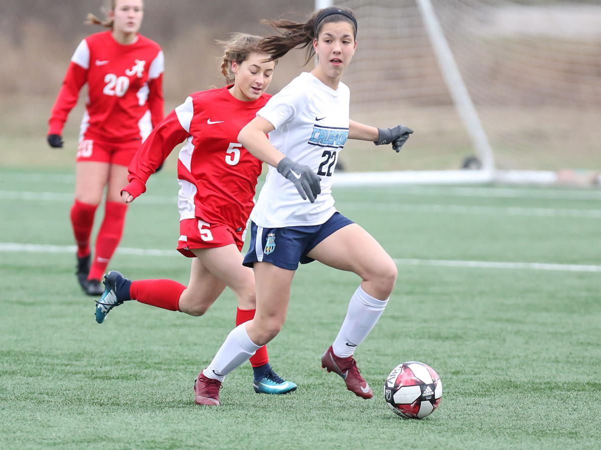 Alton vs. St. Dominic girls soccer