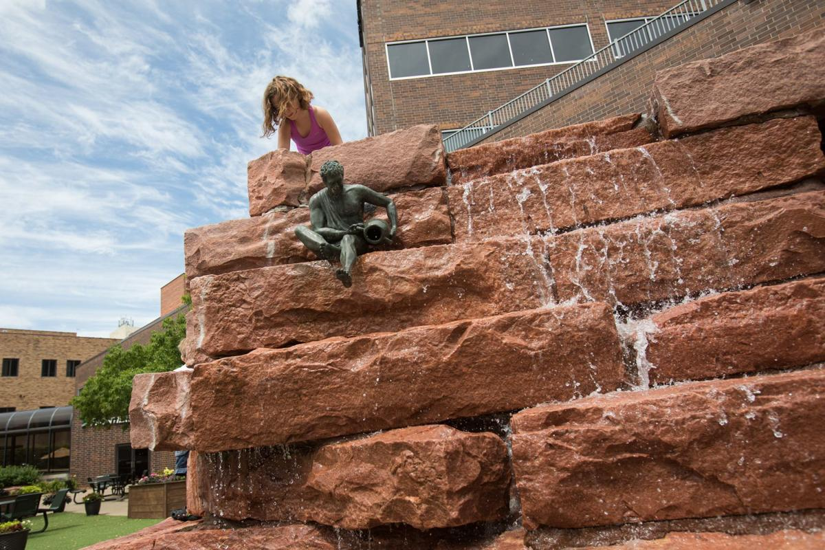 Sioux Falls Sculpture And Nature In South Dakota Travels With Amy Stltoday Com