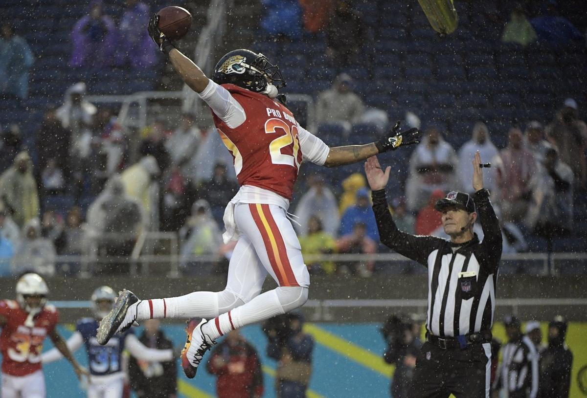 NFL notebook: Pro Bowl becomes laughingstock of a football game as AFC wins