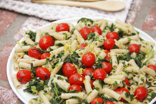 Who says pasta must be unhealthy? It doesn't with these tips
