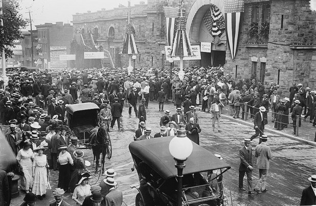 Crowd in front of Convention Hall, Baltimore, Md. 1912