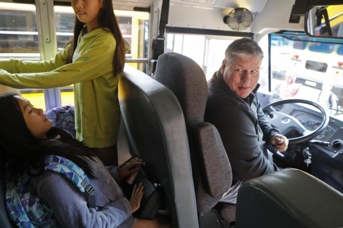 School bus drivers needed in the St. Louis area