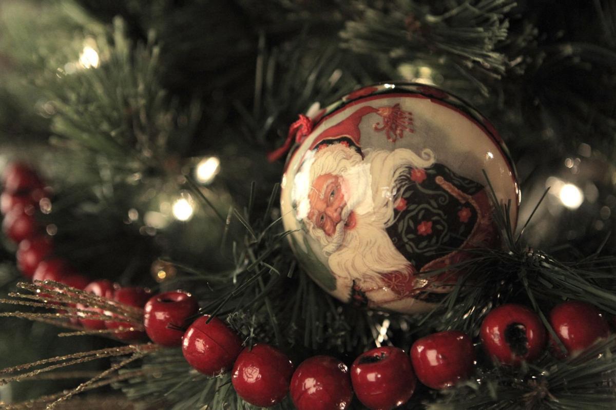 Economical Christmas decorations