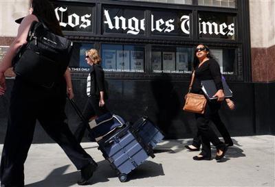 USA Today owner Gannett bids for LA Times publisher Tribune