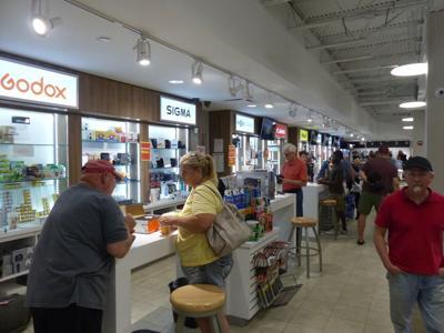 After closing 9 stores, Creve Coeur Camera shuttering final camera