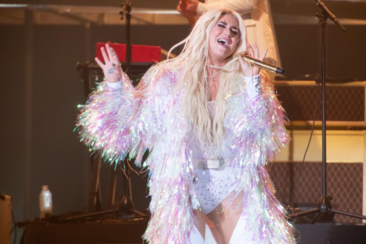 Kesha, Macklemore at Hollywood Casino Amphitheatre