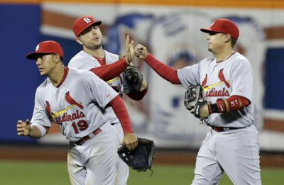 Cards beat Mets