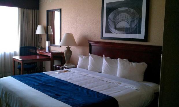 Capitol Plaza Hotel In Jefferson City Mo